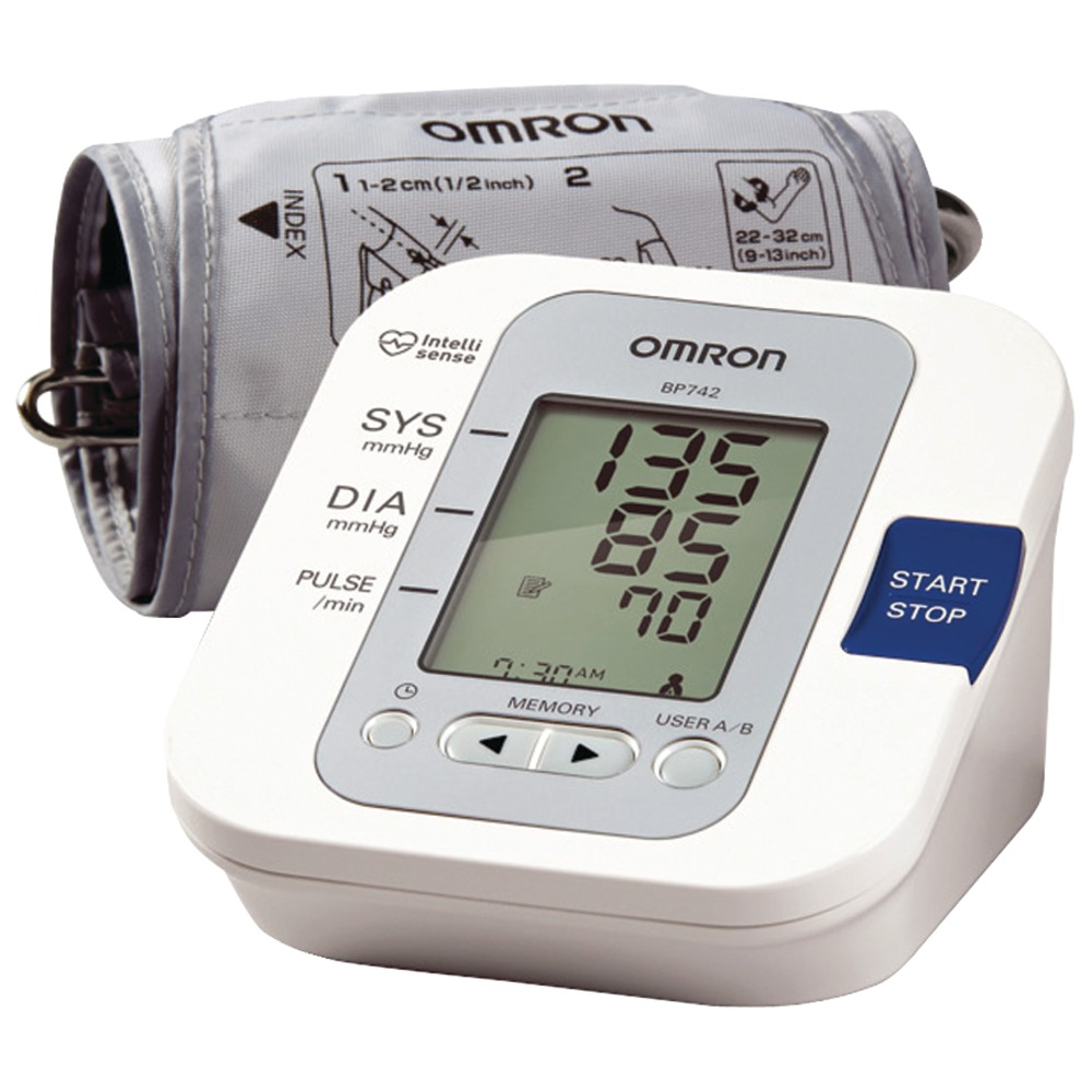 Best Automotive Battery >> OMRON BP742   5 Series Upper Arm Blood Pressure Monitor