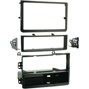 METRA 2006 - 2008 Nissan(R) 350Z Single- or Double-DIN Installation Kit 99-7602