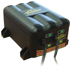 BATTERY TENDER 2-Bank Charger 022-0165-DL-WH