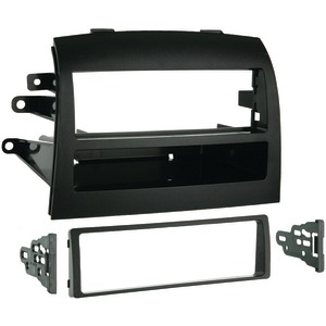METRA 2004 - 2010 Toyota(R) Sienna Single-DIN Installation Kit 99-8208