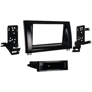 METRA Single-DIN Installation Kit for 2014 & Up Toyota(R) Tundra 99-8246HG