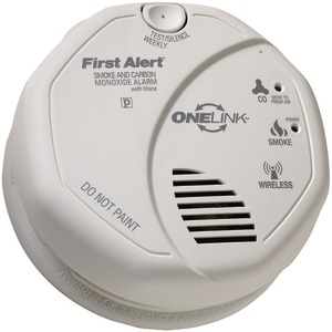 FIRST ALERT ONELINK Battery-Operated Combination Smoke & Carbon Monoxide Alarm with Voice Location SCO501CN-3ST