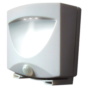 MAXSA INNOVATIONS Battery-Powered Motion-Activated Outdoor Night Light (White) 40341