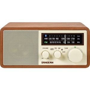 AM/FM Bluetooth(R) Wooden Cabinet Radio